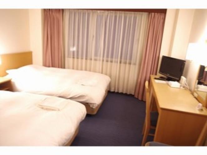 ■客室:DX.ツインルームは広々18平米!
