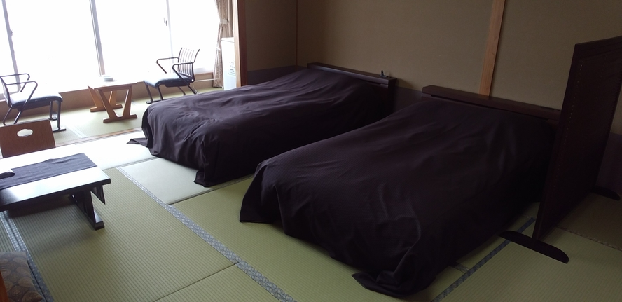 和室14畳ベッド2台タイプ