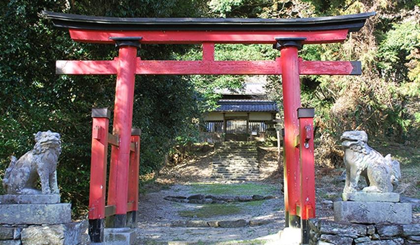 *榮山寺【五條市】藤原武智麻呂により創建された寺院。車で約6~7分ほど