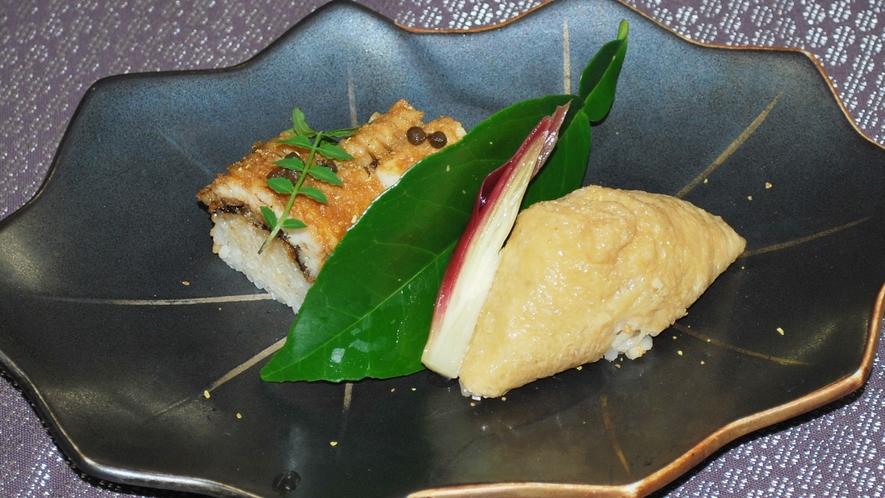 *【鱧会席一例】鱧棒寿司と稲荷