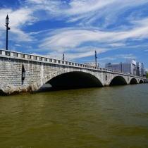 重要文化財・萬代橋