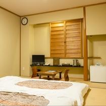 【和室】3名様までご宿泊可能な和室。畳ならではの心地良さで身も心もよりリラックスしてください。