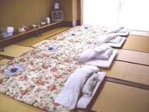 24畳バス・トイレ・洗面所なし和室 浴場は、男性女性入れ替え制浴場のご利用になります。