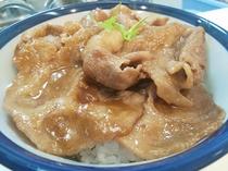 夕食:豚味噌丼