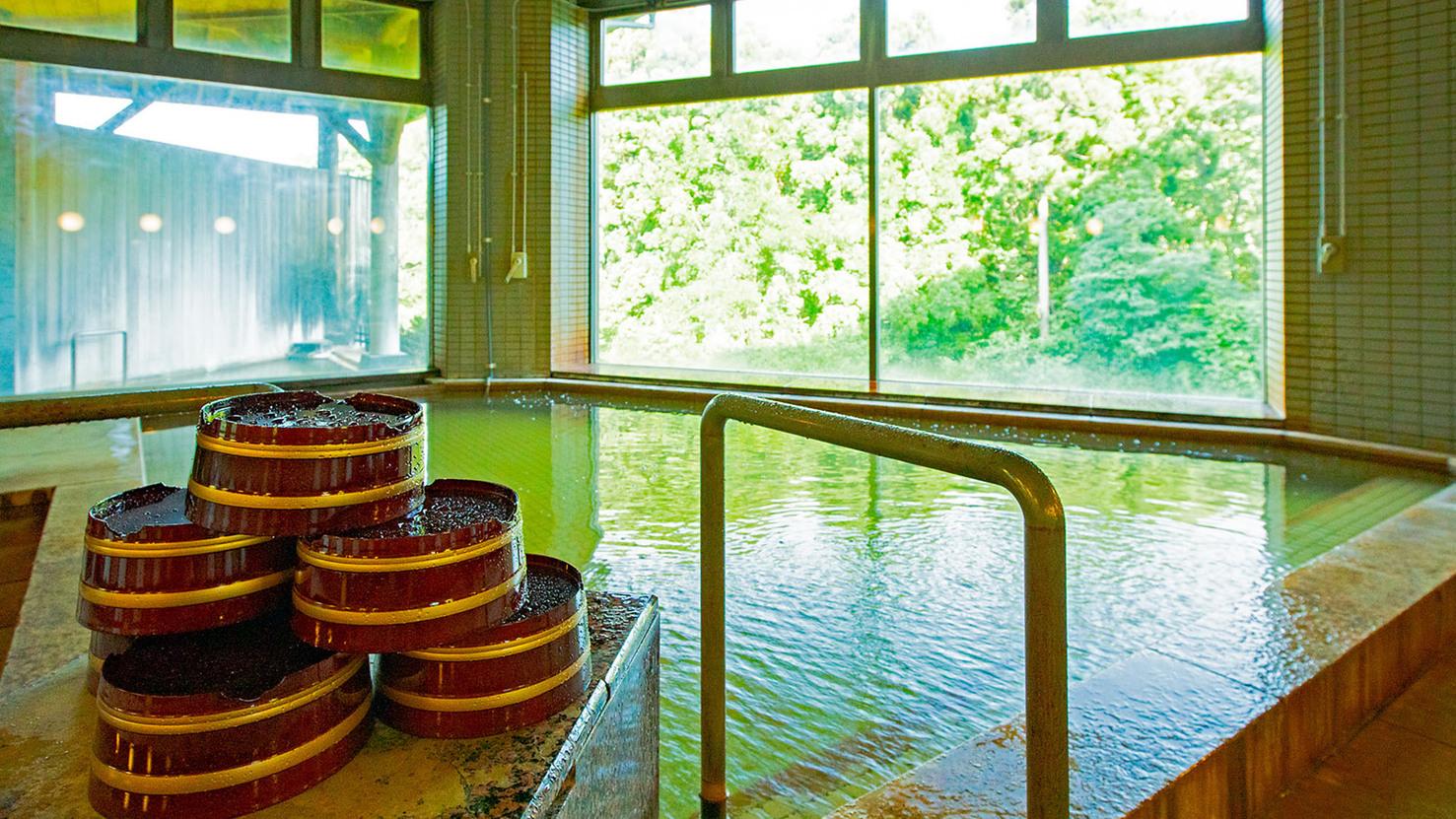 地下1階「樹海の湯(露天風呂)」
