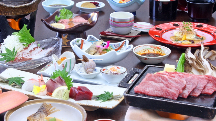 秋田錦牛ステーキ付、季節の和食膳