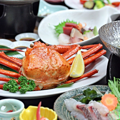 男鹿味2大グルメ真鯛料理・紅ズワイガニ1杯付1