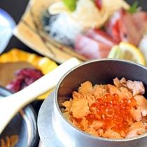 鮭といくらんのミニ釜飯