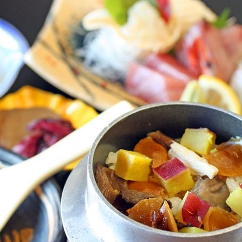 サツマイモとキノコのミニ釜飯