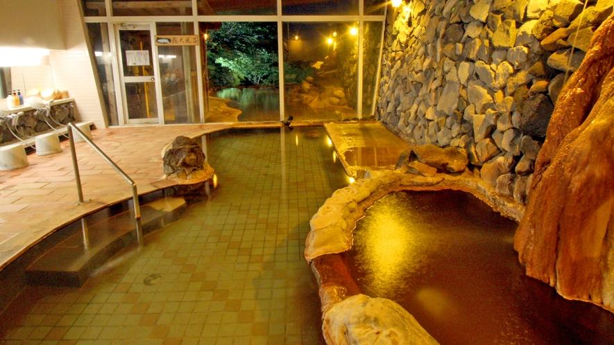 男鹿ホテル大浴場