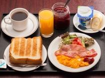 【洋朝食】内容盛りだくさんの洋定食!!コーヒー、トースト(2枚目まで)はおかわりできます。
