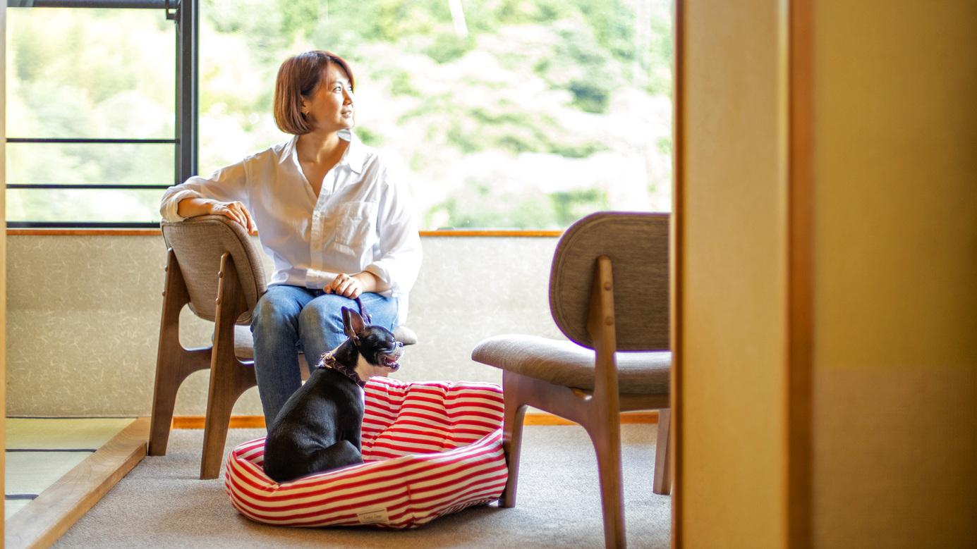 【和室12.5畳 東館ペット】ワンちゃんも一緒にお部屋で寛ぎタイム!