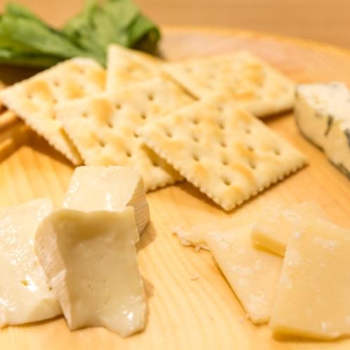山梨県産ワインによく合うチーズ盛り