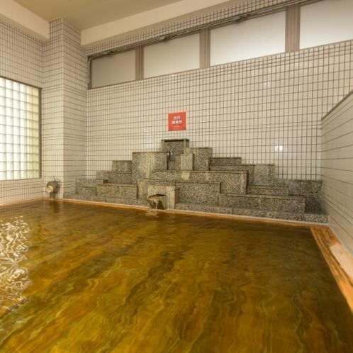 殺菌効果のある檜風呂は美肌に効果的。香りにはリラックス効果もあります