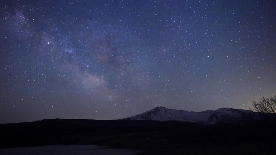 【周辺の星空】高原リゾートだから見られる満天の星空