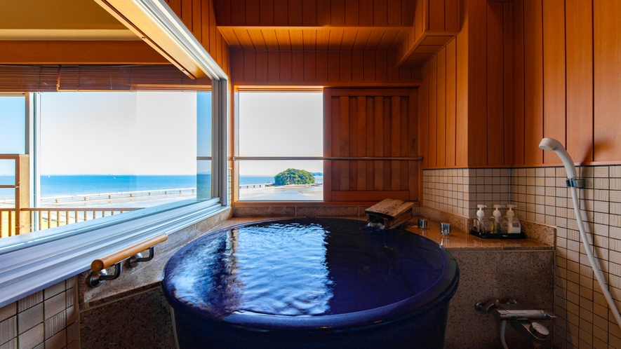 ~8階露天風呂付き客室 陶器風呂~