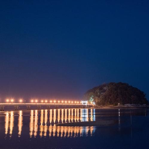 *【竹島】国の天然記念物にも指定された竹島は、島全体が神社の境内となっております