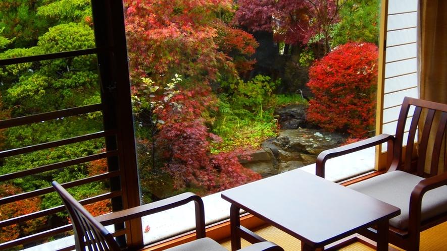 2階特別室からの紅葉