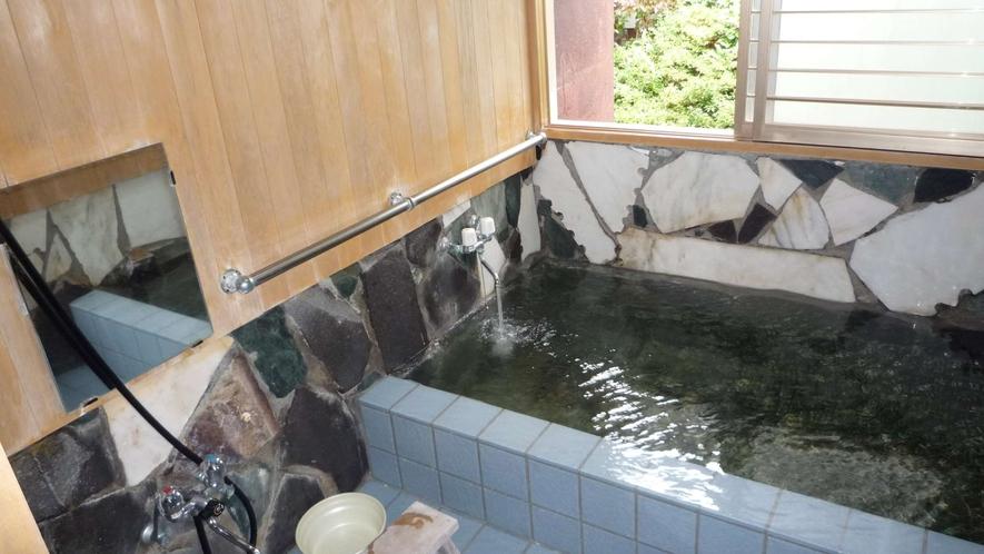 ・源泉かけ流し 貸切風呂