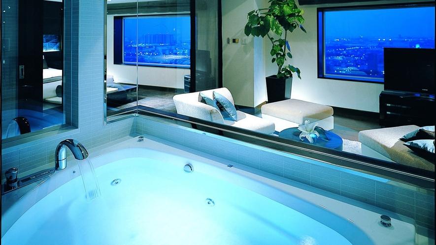 【View Bath Suite】バスルーム(特別ルーム)