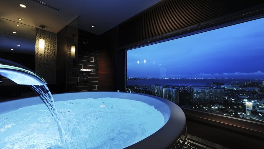【View Bath ~Sol~】ラウンドフォルムのバスタブ