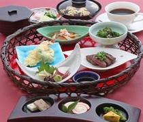 【ご夕食】近江牛ミニステーキ和籠膳