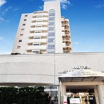 ホテルリステル新宿正面外観